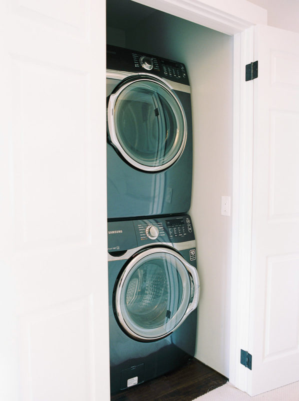 laundrycloset-1